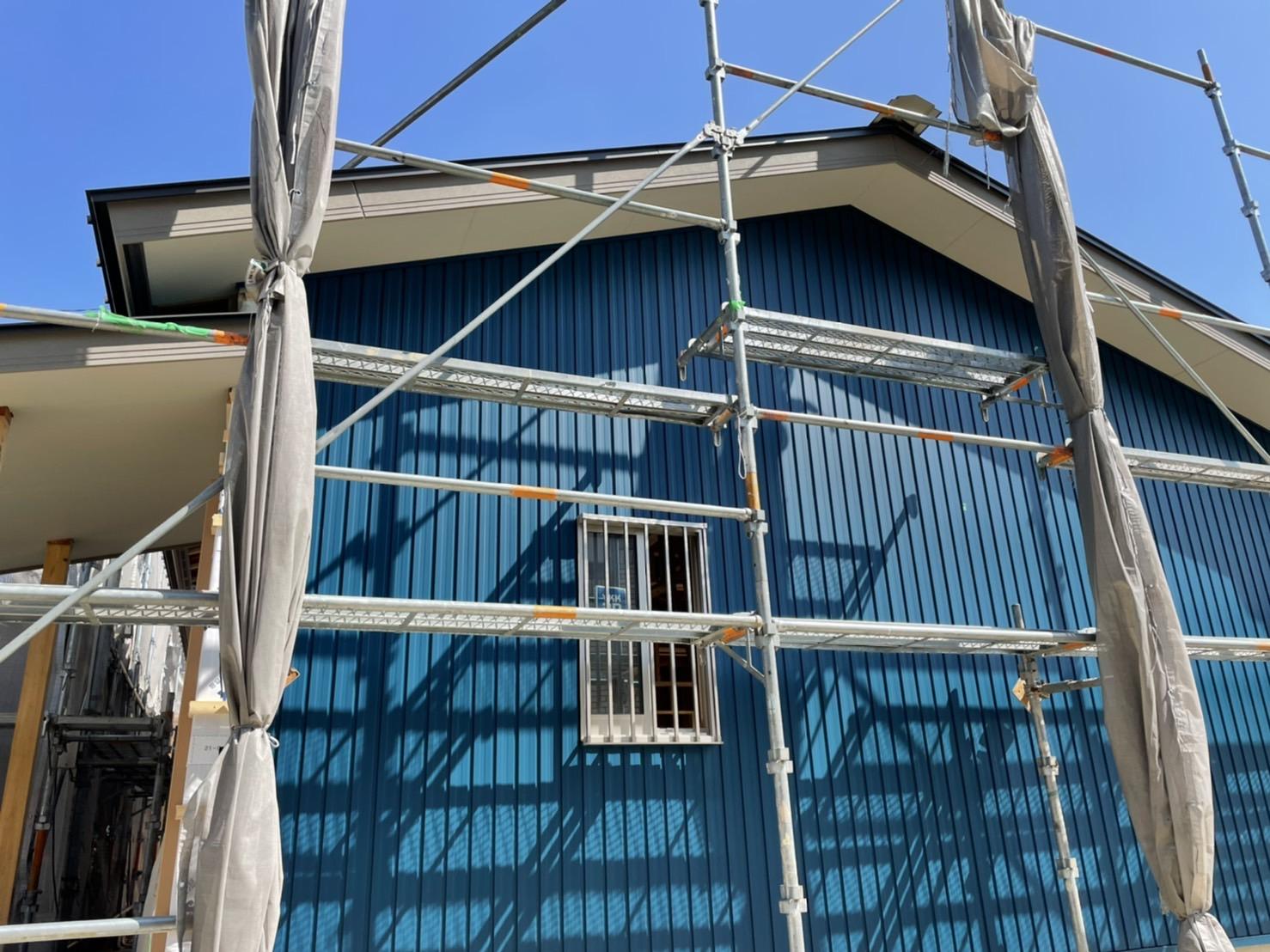 平屋の家外壁が貼れた様子