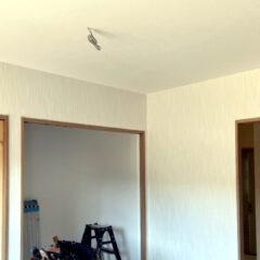 セカンドライフの平屋の家クロス施工1